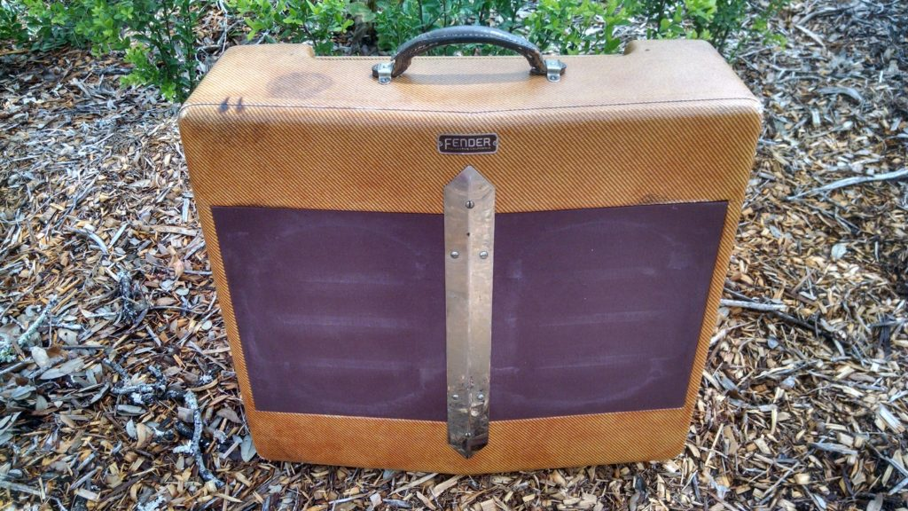 Fender Amplifier Cabinets Restoration