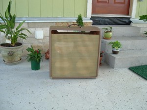 Example of a Vintage Amp Restoration