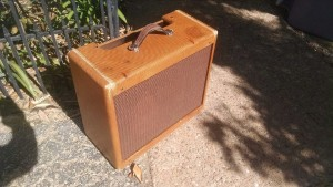 Fender Replica Cabinet for a Tweed Deluxe