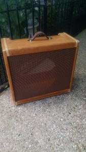 Light Relic Fender Tweed Pro Amplifier Cabinet